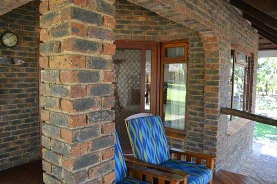 Idube Game Reserve Lodge: Awesome place to catch a nap - Idube 2014