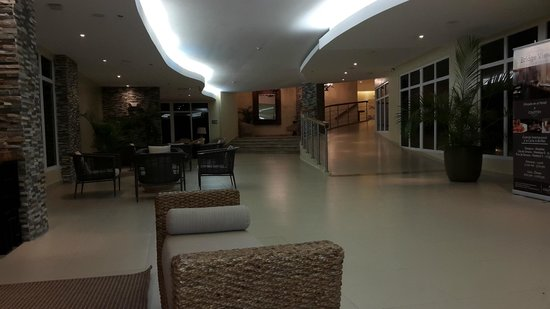 Country Inn & Suites By Carlson, Panama Canal, Panama: lobby