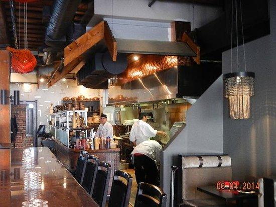 Thandi : kitchen