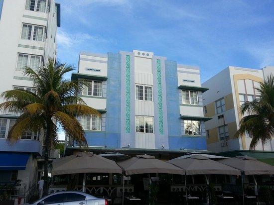 Art Deco Historic District: Art deco hotel