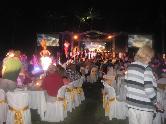 Cofresi Palm Beach & Spa Resort: Welcome party with 5* buffet