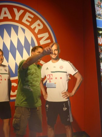 Allianz Arena: Pep open to suggestions about transfers to manU