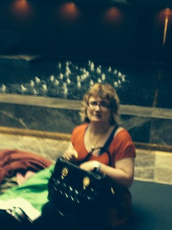 Dan Jerusalem Hotel: Anna was in the lobby