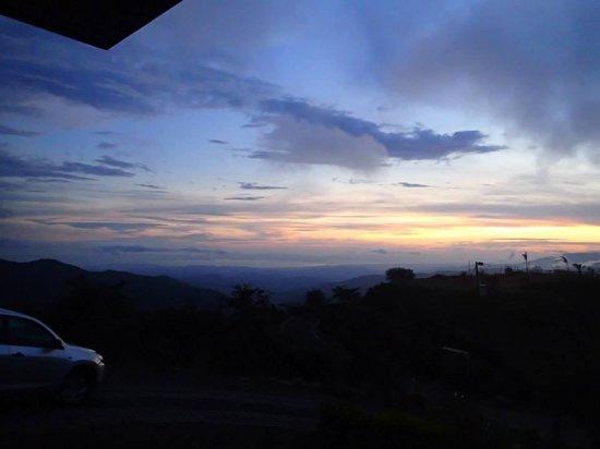Vista Valverde Bed & Breakfast: Beautiful sunset!