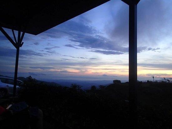 Vista Valverde Bed & Breakfast: Yet another beautiful sunset!