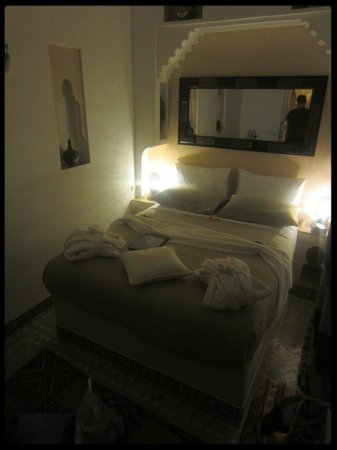 Riad Gallery 49: Our lovely bed