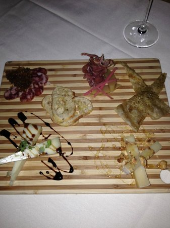 The Restaurant at Hotel Wailea: Appetiser - antipasto platter