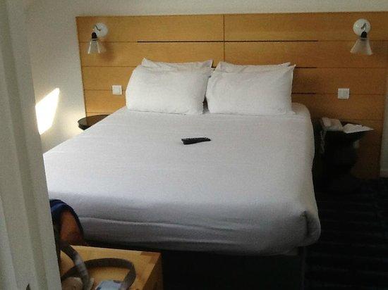 Hotel Lorette - Astotel : dormitorio
