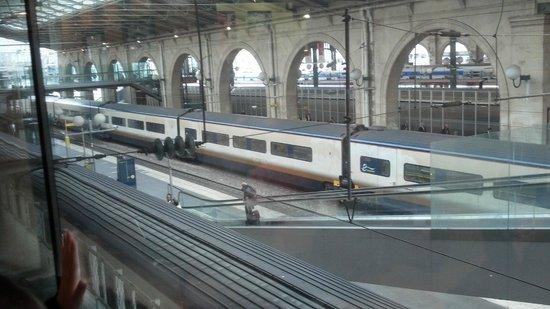 Gare du Nord : En el anden del aurostar (despues de haber pasado migracion del Reino Unido)