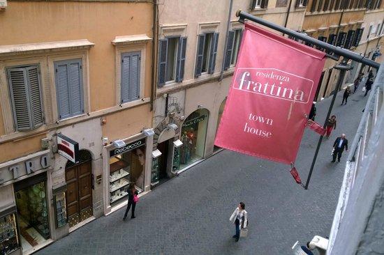 Residenza Frattina : Via Frattina from the Window