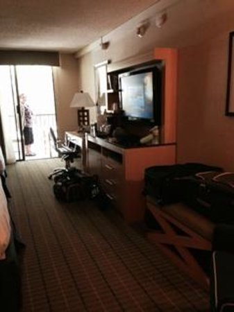 Holiday Inn Express Mill Valley San Francisco Area: Large TV, Fridge in cabinet