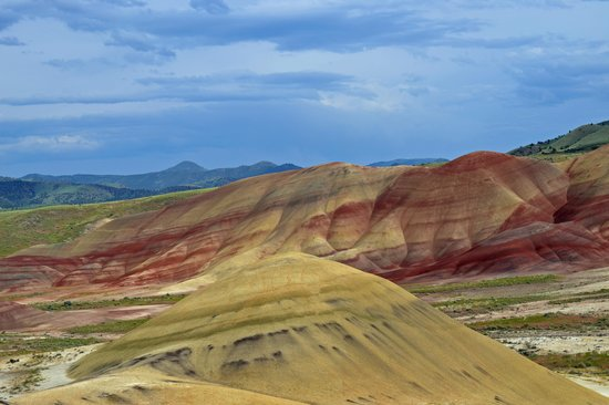 Things To Do In Modesto >> Painted Hills - Picture of John Day Fossil Beds National ...