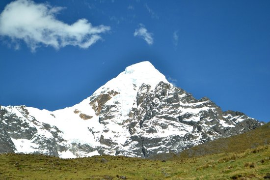 Lorenzo Expeditions - Day Tours: Nevado Verónica