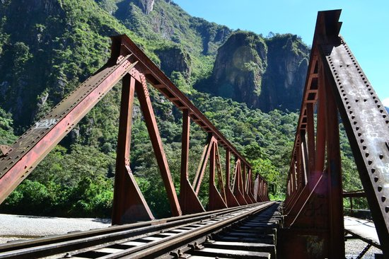 Lorenzo Expeditions: Rumbo a Aguas Calientes