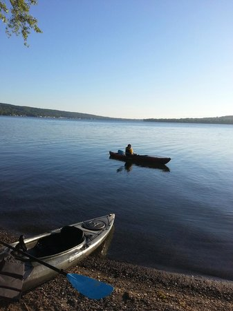 Steamboat Castle Bed & Breakfast: Kayaks on Keuka! Two kayaks available for use. Also a canoe.