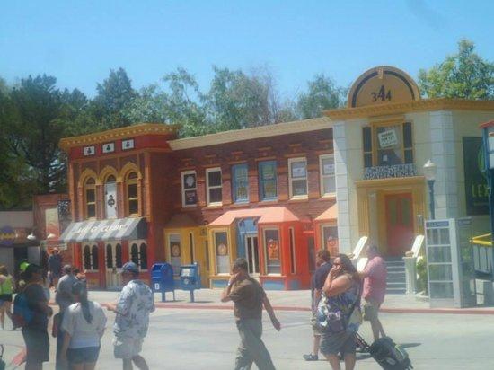 Six Flags Magic Mountain: Magic Mountain