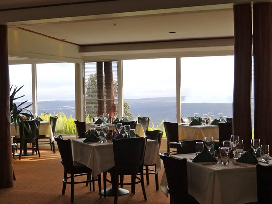 Volcano House : Hotel Dining Room, Great Views