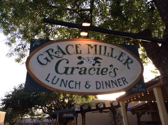 The Grace Miller Restaurant: Entry