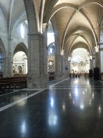 Valencia Cathedral : Mixed style
