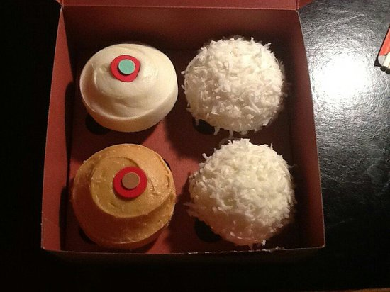Sprinkles Cupcakes La Jolla: Red Velvet, Salted Caramel and two Coconut cupcakes.