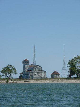 Door County Adventure Rafting : Coast Guard Station on Plum Island