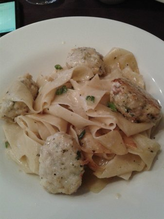 Bistro Narra: Lobster meatballs and pasta