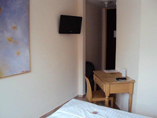 Hotel Westend: Номер
