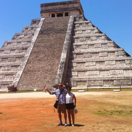 Paradisus Cancun : at Chichén Itzá!  We took the shortest version of the trip, and we were still gone all day.