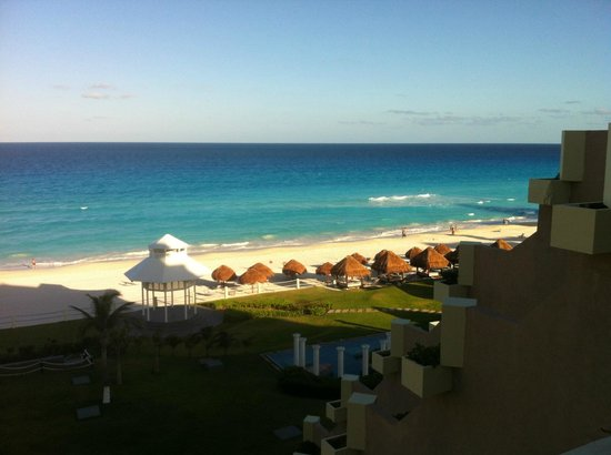 Paradisus Cancun : view from our Royal suite oceanview -well worth the extra cost
