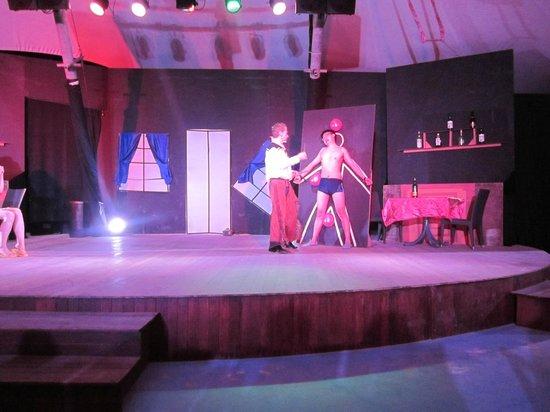 Club Med Kani : show entertainment
