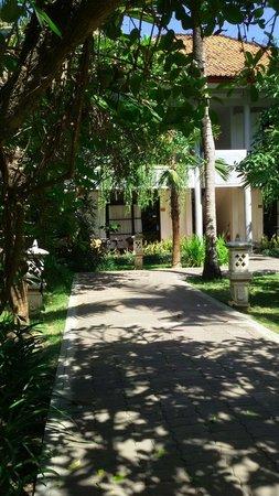 Puri Saron Seminyak : Great location...