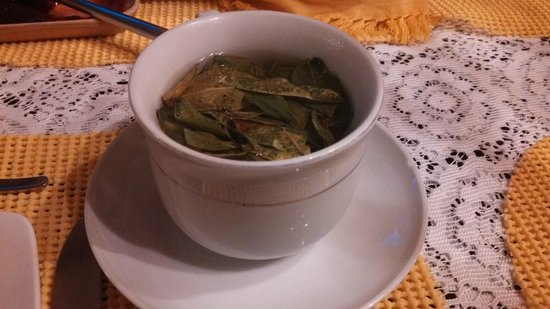 Hostal Madre Tierra: Coca Tea