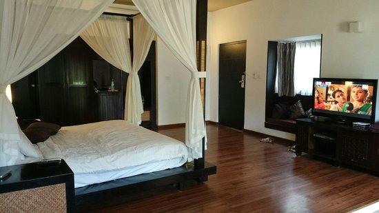 The Windflower Resort & Spa, Mysore : La chambre en rez-de-chaussée : parfaite