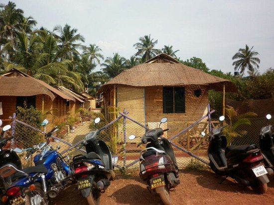 Tivai Beach Cottages: Outside view