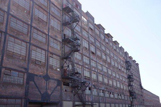 Sands Casino: Nearby Steel Factory