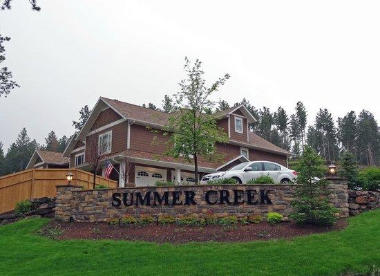 Summer Creek Inn: B&B