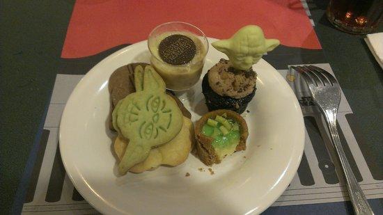Hollywood & Vine: Desserts