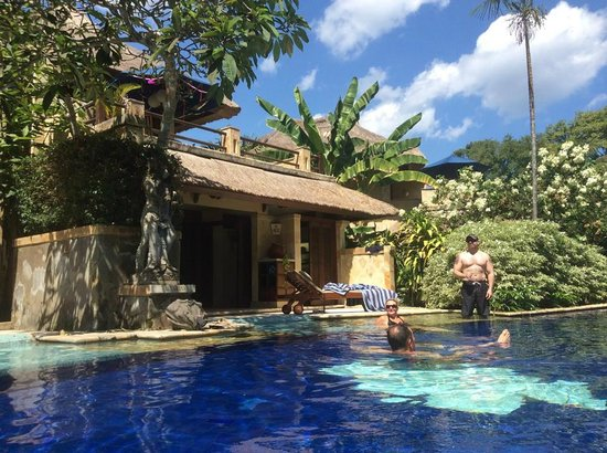 Pool Villa Club Senggigi Beach Lombok: villa