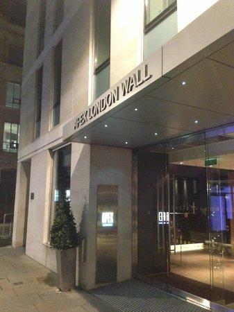 Apex London Wall Hotel: 外觀