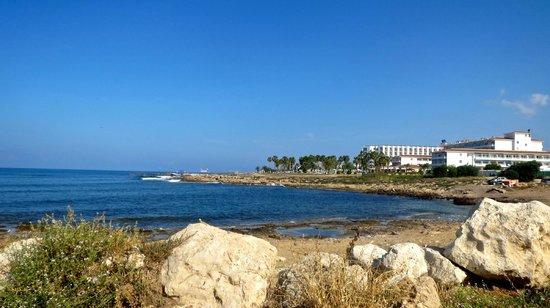 Leonardo Plaza Cypria Maris Beach Hotel & Spa: view of hotel