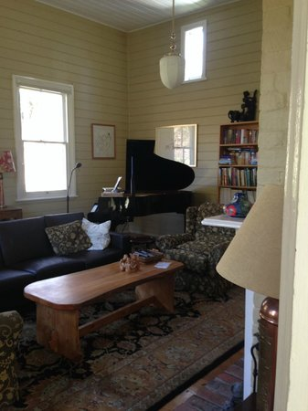 Glenburn House: Old School house sitting room