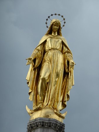 Holy Mary Monument on a cloudy day