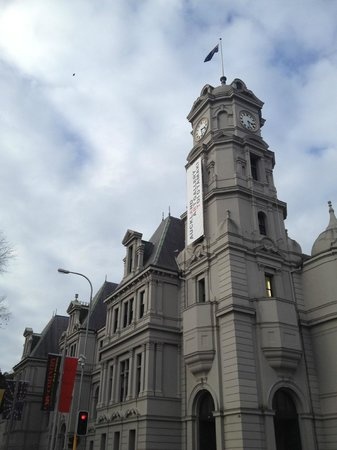 Auckland Art Gallery Toi o Tamaki : Beautiful building