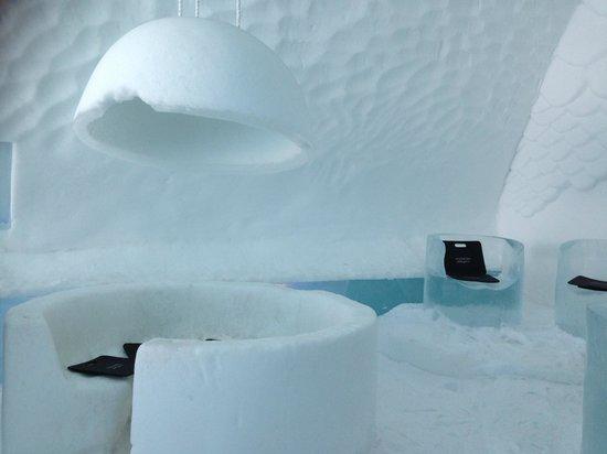 Icehotel: Ice Bar