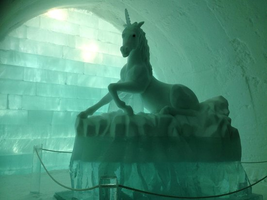 Icehotel: Unicorn ice carving