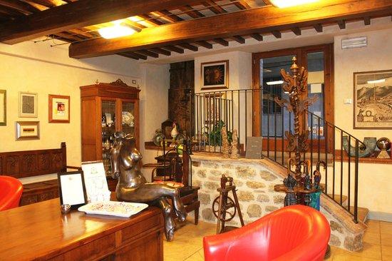 Hotel Al Grappolo d'Oro: Hall hotel