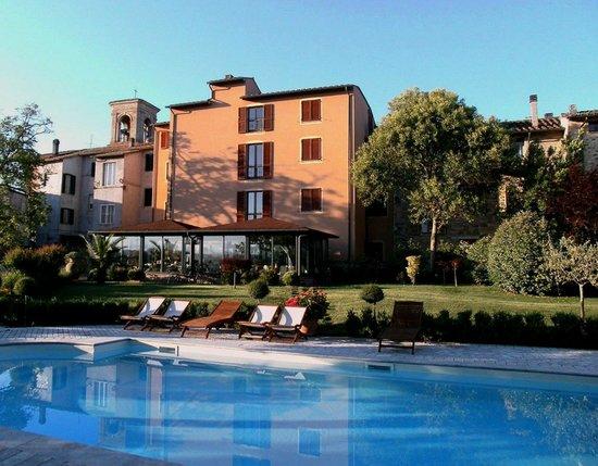 Hotel Al Grappolo d'Oro : Piscina panorama