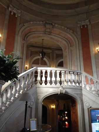 Pestana Palace Lisboa Hotel & National Monument : Hall de entrada