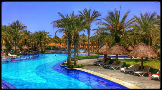 Hotel Riu Santa Fe: Center pool