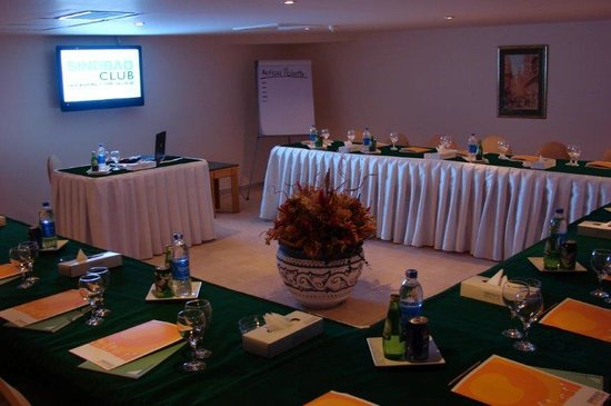 Sindbad Aqua Hotel & Spa : Conference Room